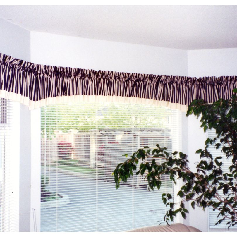 Gathered Arched Bay Window Curtain Valances