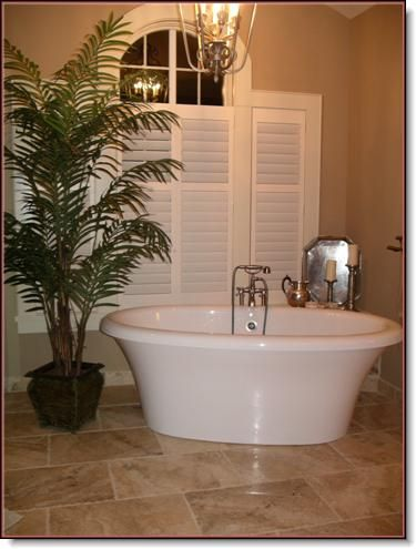 Bathroom Shutters, Shutters, Hunter Douglas Shutters, Palm Beach Shutters, S.P. Interiors, Framed Shutters, Split View Shutters, Divider Bar, Shutter Installation