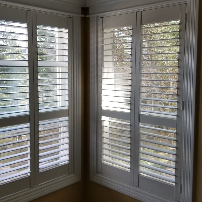 Shutters, Hunter Douglas Shutters, Palm Beach Shutters, S.P. Interiors, Framed Shutters, Split View Shutters, Divider Bar, Shutter Installation